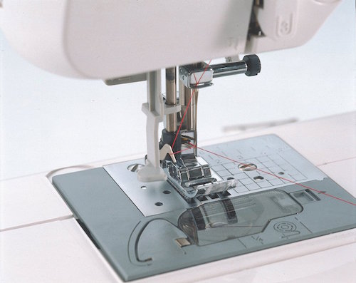 The Brother CS6000i - Top rated sewing machine for home