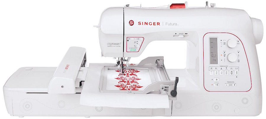 Singer Futura XL 580 - High end embroidery machine