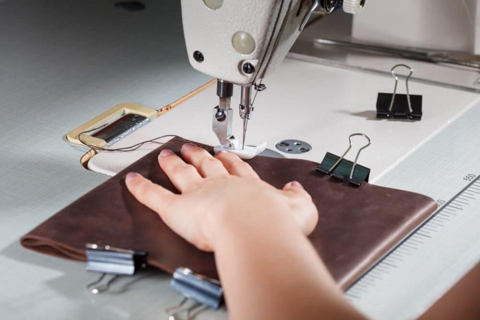 Review – Why the 7256 Fashion Mate is one of Singer's Most Popular Sewing Machines