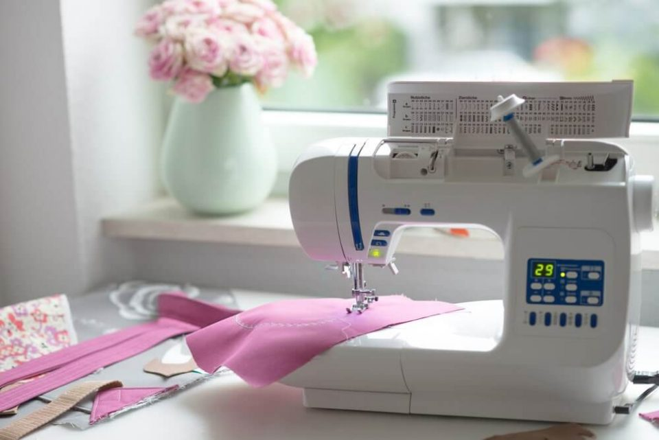 Best Sewing Machine Under $500 in 2020: Our Top Picks Revealed and Reviewed