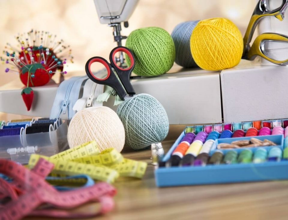 Review - The Janome 2222 is a Feature-Rich, Simple Sewing Machine